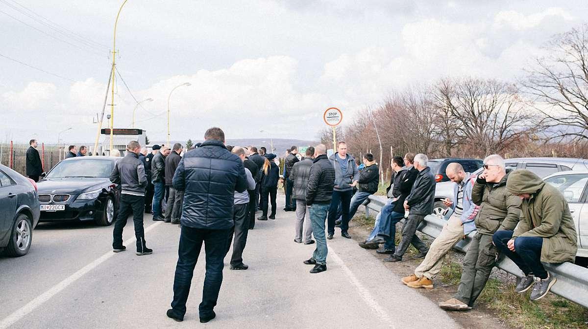 Активісти блокуватимуть кордон з Польщею через скандальний закон про ввезення товарів