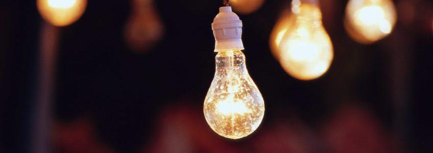 На Луганщині через негоду понад 500 домівок без світла