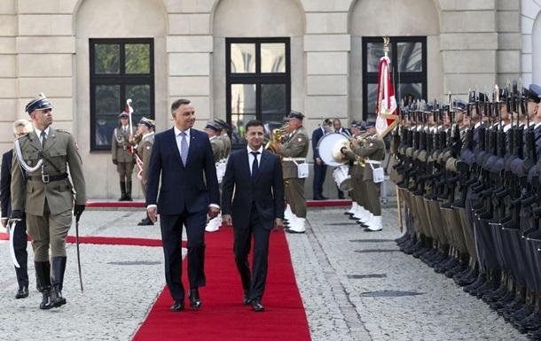 Президент Польши намерен посетить Киев