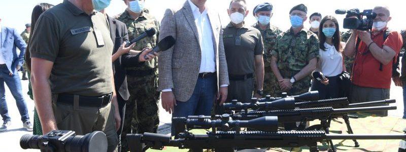 Сербський уряд спочатку хизується, а потім заперечує, що продавав зброю як Вірменії, так і Азербайджану