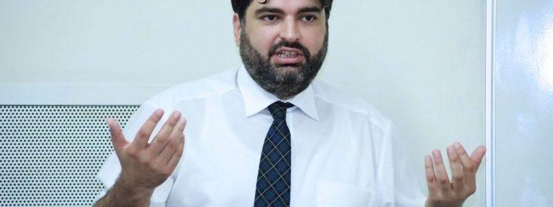«Війна в Карабасі зробила можливість вирішення конфліктів ще більш віддаленою», — побоюється вірменський політик Мікаель Золян