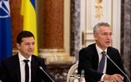 """Генсек НАТО провел """"хороший разговор"""" с Зеленским"""