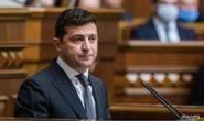 Зеленский отреагировал на решение по олигархам